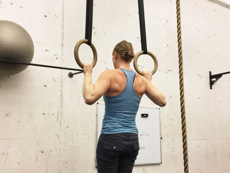 How I Increased My Pull Up Count in Two Weeks With Bicep Exercises [Pictures Included]